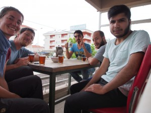 Hasan, Gökmen, Sezar und Hasret