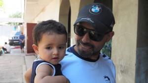 Ardasher mit seiner jüngsten Tochter